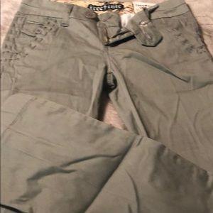 Freestyle cargo pant khaki